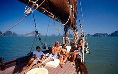 Crocera con Cena al Tramonto - Un' escursione a Phuket con June Bahtra