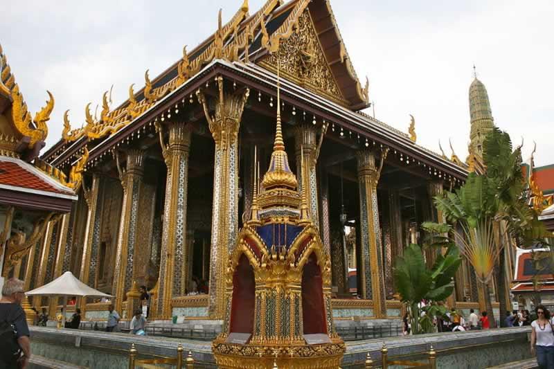 Как одеваться в храмах Таиланда