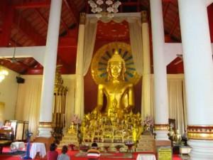 Chiang Mai Buddha Statue