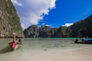 Private Phi Phi island Tour - Longtail Boat in Phi Phi Island Thailand
