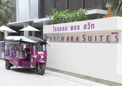 Phachara Suites Sukhumvit - Exterior Lobby
