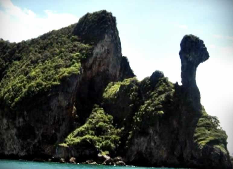Chicken Island - Krabi 4 Island Tour Thailand