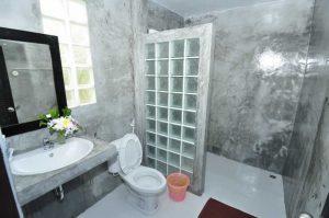 Phi Phi Andaman Legacy Standard bungalow bathroom
