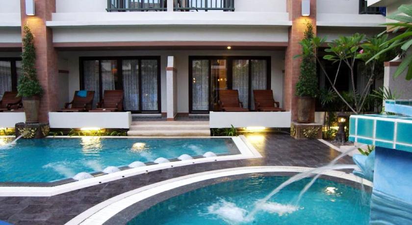 Phi Phi Palm Tree Resort - Pool Access