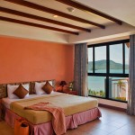 Phuket Hotels - By The Sea