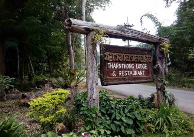 Mae Kampong, Chiang Mai -Tharnthong Lodge Sign