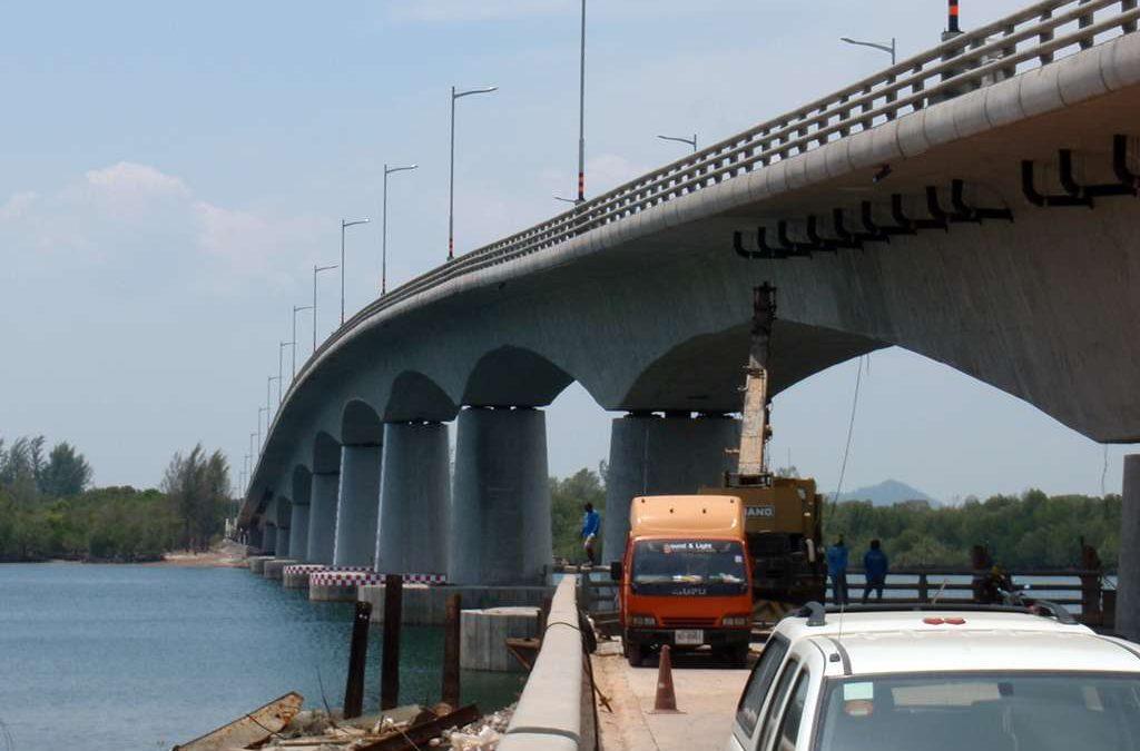 Koh Lanta Bridge between Lanta Islands