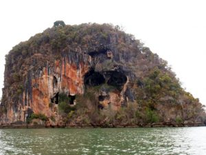 Koh Phee Skull Island and Koh Talabeng - Koh Lanta