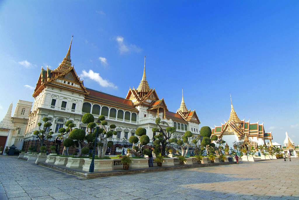 The Grand Palace Bangkok - Visit now with Easy Day ...