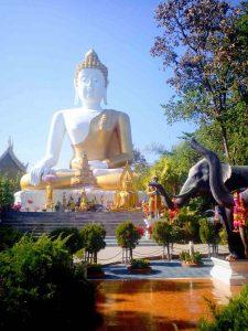 Chiang Mai, Wat Phra That Doi Kham - Big Buddha