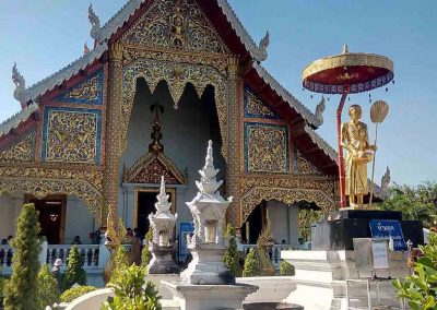chiang mai, wat phra singh - main temple front view