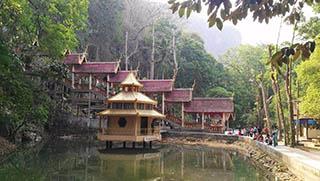 Chiang Mai Tours - Mai Maekok River Tour Wat Tab Tao Temple