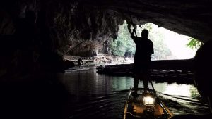 Mae Hong Son - tham lod cave, bamboo raft