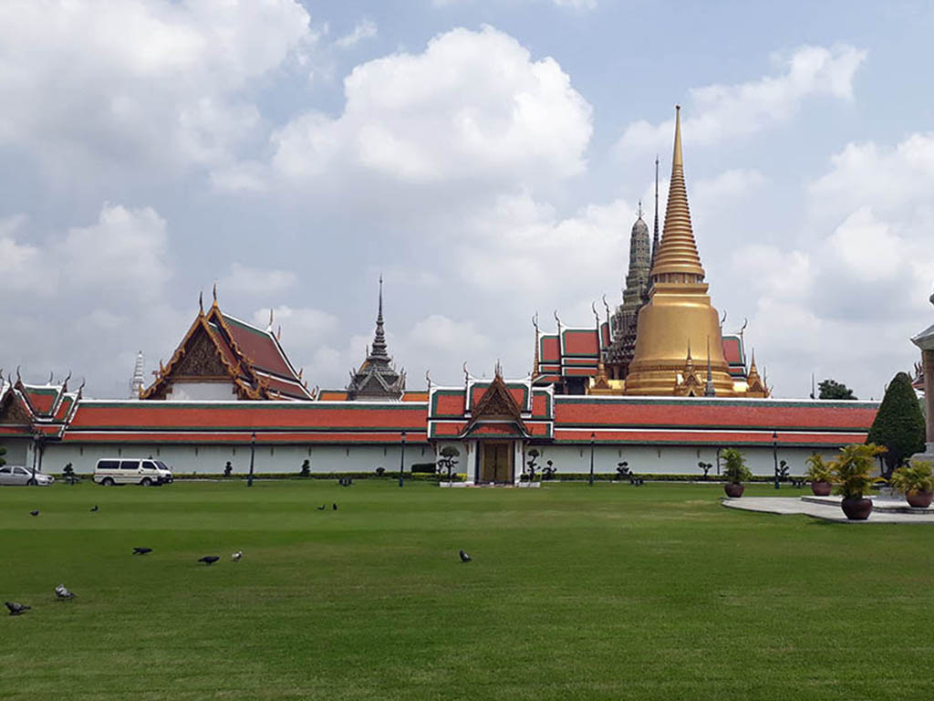 Grand Palace Bangkok - Easy Day Thailand Tours