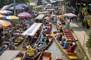 Bangkok Floating Market Tour to Damnern Saduak floating market - Easy Day Thailand Tours