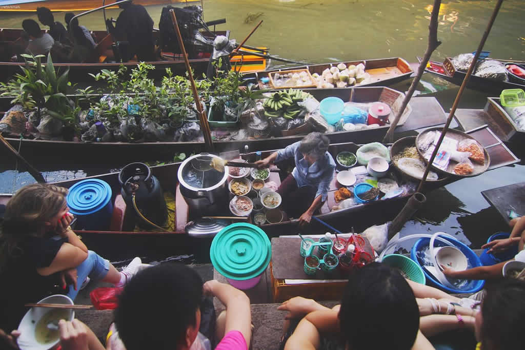 Floating Noodle Soup Shop - Amphawa Floating Market