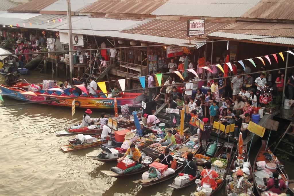 Amphawa Floating Market, Bangkok