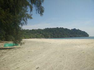 Koh Phayam lonely beaches