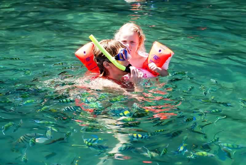 Koh Lanta 4 Islands Tour - Snorkeling with kids