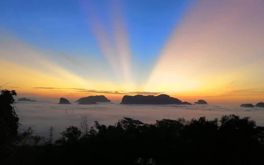 Samet Nang she Viewpoint at Sunrise