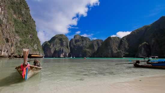 Bateau à longue queue, Iles Phi Phi, Province de Krabi en Thaïlande